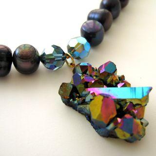 N0815 Blue mystic quartz crystals w blue freshwater pearl